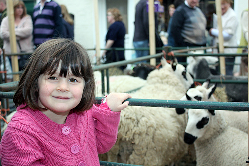 files/stc/news-assets/img/Philip's upload folder - images/Wool Fair child.jpg